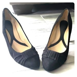 Naturalizer Black Suade Heels Sz 10.5